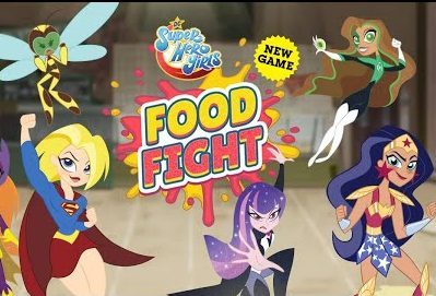 Play Super Hero Girls: Food Fight
